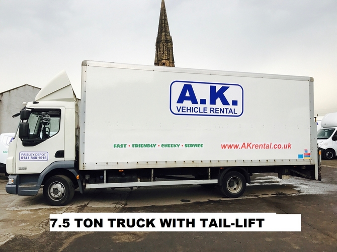 7 1/2 Ton Truck with Tail Lift Hire